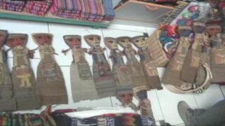 Decomisan muñecas prehispánicas en centro artesanal de Pueblo Libre