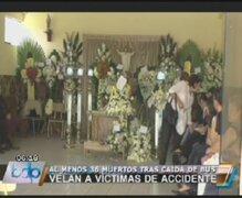 La Libertad: velan restos de los 36 fallecidos en accidente de Otuzco
