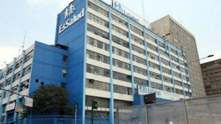 """Essalud desmiente """"categóricamente"""" contratación de médicos cubanos"""