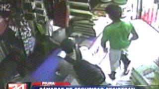 Piura: captan violento asalto a mano armada en una bodega