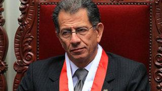 TC rechaza renuncia del magistrado Ricardo Beaumont Callirgos