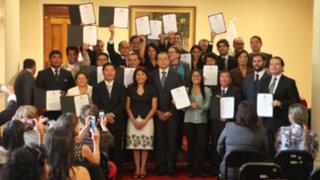 JNE entregó credenciales a los 22 nuevos regidores de Lima