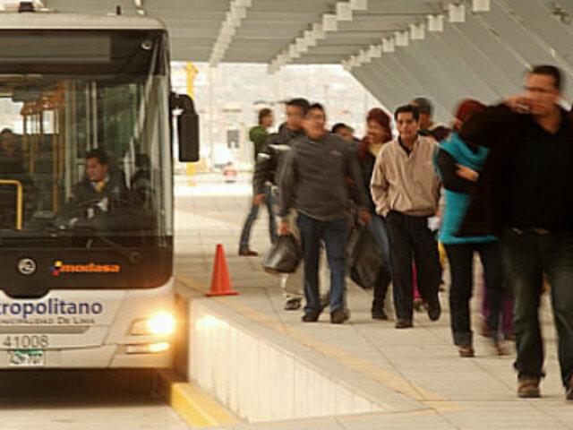 Lonchera olvidada desató el pánico en estación Naranjal del Metropolitano