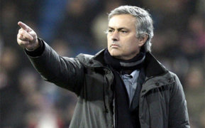 Medios europeos aseguran que Mourinho firmó por Chelsea y ficharía a Lewandowski
