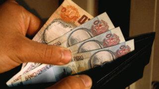 ¿Tienes 30 años? Experta indica cuánto dinero debes tener ahorrado