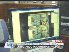 Policía Nacional presentó modernos equipos para detectar documentos falsos