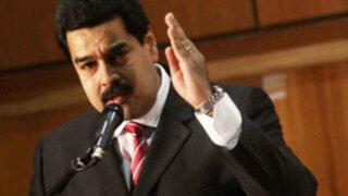 Venezuela: Maduro rinde homenaje a cuestionado embajador Luis Raygada