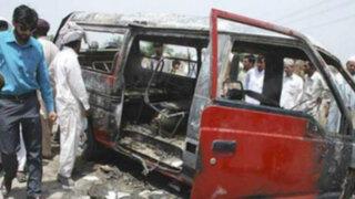 Tragedia en Pakistán: mueren 19 niños tras explosión de una movilidad escolar