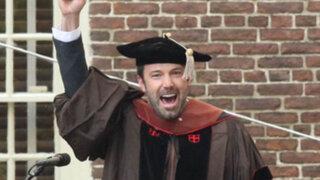 Ben Affleck recibe doctorado honorífico por su contribución a las artes