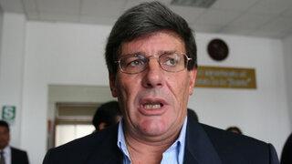 Rafael Rey fue internado de emergencia por problemas cardiovasculares