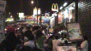 Ambulantes y delincuentes toman los alrededores del Megaplaza
