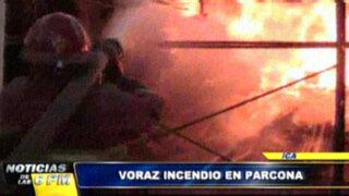 Noticias de las 7: voraz incendio consume almacén de madera en Ica
