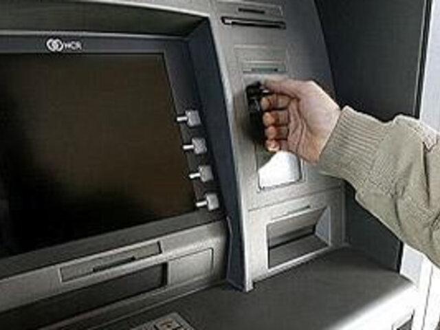 Ladrones usaron falso teclado para robar claves de clientes de banco