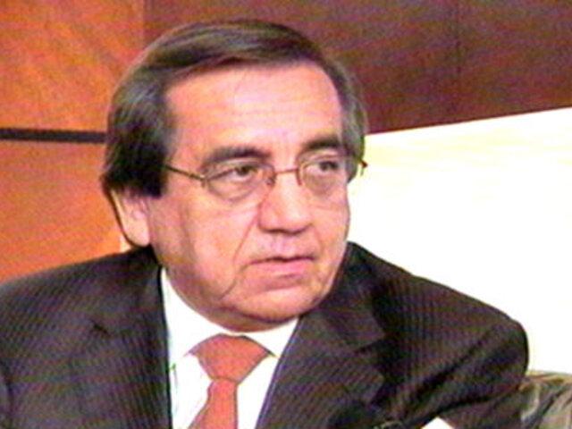APRA: García Belaúnde habría caído en trampa preparada por Palacio