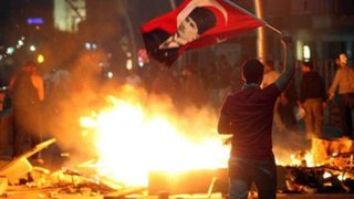Turquía: continúan violentas protestas para destituir al Primer Ministro