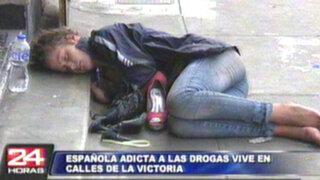 Española adicta a las drogas mendiga en las peligrosas calles de La Victoria