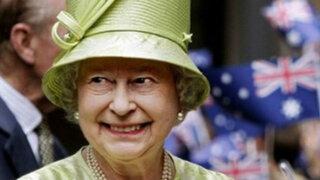 Ingleses celebran el 60º aniversario de la coronación a Isabel II
