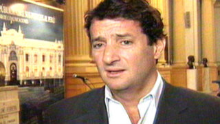 Renzo Reggiardo niega estar detrás de pintas que lo postulan a la presidencia