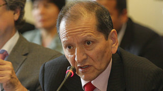 Ministro Jorge Merino aclara que Conga continúa en Cajamarca