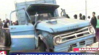 Barranca: camión impacta contra tráiler de cemento y deja 5 muertos