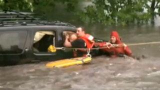 EEUU: rescatan de las aguas a una niña tras inundaciones en Iowa