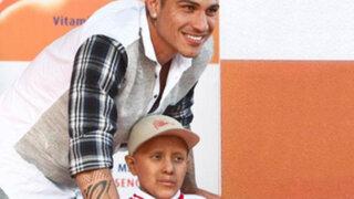 Paolo Guerrero hizo realidad el sueño de niño con cáncer en el Cono Norte