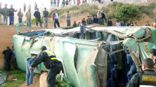 Junín: Caída de bus interprovincial a un abismo deja al menos 10 muertos
