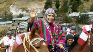 """Noticias de las 7: Humala realiza inversiones """"sin precedentes"""" en Ayacucho"""