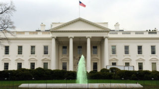 Noticias de las 7: 800,000 personas sin trabajo por cierre del gobierno de EEUU