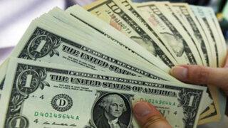 Dólar baja por segunda sesión consecutiva y cae a S/.2,775