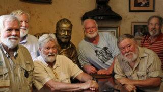Clones de Ernest Hemingway se reúnen en mítico bar de La Habana