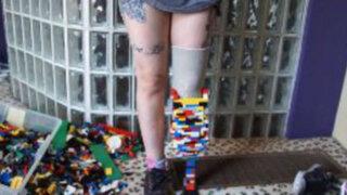 Reino Unido: Joven construye prótesis para su pierna con piezas de LEGO