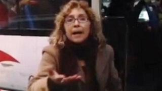 San Borja: mujer agrede a joven por no cederle el asiento en custer