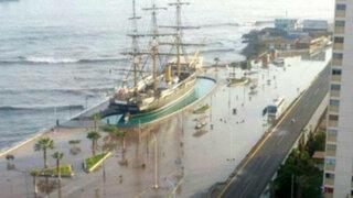 Millonarios daños provoca fuerte oleaje en balnearios de Chile