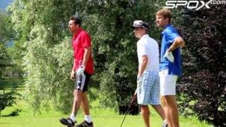 Claudio Pizarro se relaja jugando golf con sus compañeros del Bayern