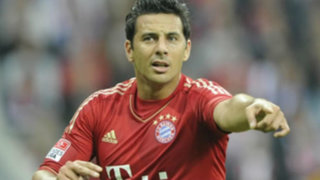 Pizarro volvió a ser titular en goleada del Bayern 4 - 0 contra Hamburgo