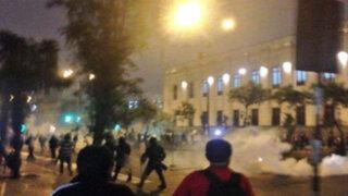 """Colectivos sociales protestan en la Plaza San Martín por """"repartija"""""""