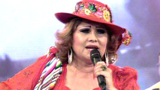 Amanda Portales hizo bailar a Ola ke Ase con su huayno 'Mi gran amor'