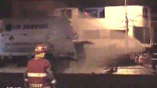 Vecinos de Ventanilla temen explosión tras fuga de gas de camión cisterna