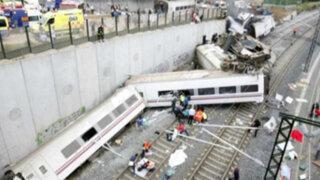 España: maquinista hablaba por teléfono cuando tren se accidentó
