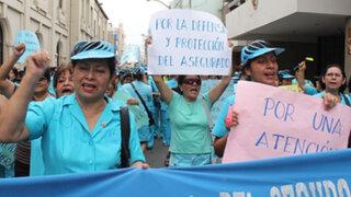 Enfermeras del Minsa radicalizan protesta con huelga de hambre