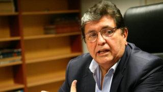 Alan García critica al presidente  Humala por inauguración tardía de hospitales