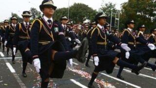 La Patria más allá del desfile: Polémica por militarización de marchas escolares