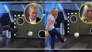Hincha del Borussia humilla a ex técnico del Bayern en televisión alemana