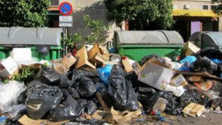 Noticias de las 7: Santiago de Chile amaneció sucia por huelga de basureros