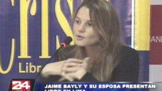 Esposa de Jaime Bayly presenta su libro 'El hombre que tardó en amar'