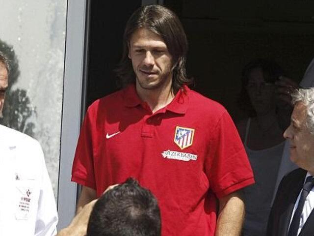 Martín Demichelis selló su contratación con el Atlético de Madrid