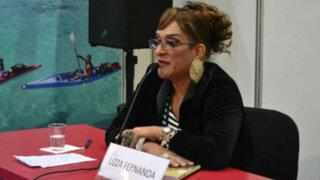 Lizza Fernanda: catedrático travesti participó de la Feria del Libro