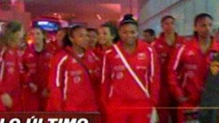 La selección sub 18 de vóley llegó a Lima tras su participación en Tailandia