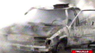 Trujillo: niño estuvo a punto de morir al incendiar el auto de su padre